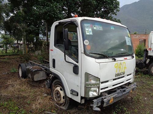 Camión Isuzu ELF 500 2010