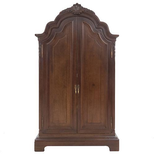 Mueble para T.V. SXX. Elaborado en madera. 2 Puertas y soportes semicurvos. Con 2 cajones, repisa y base para T.V. interna.