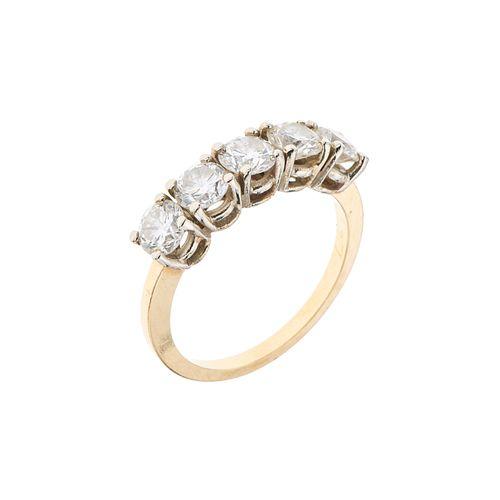 Media churumbela con diamantes en oro amarillo de 14k. 5 diamantes corte brillante. Claridad SI1. 1.25 ct.