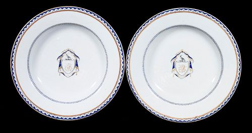 CHINESE EXPORT ARMORIAL PORCELAIN SOUP BOWLS