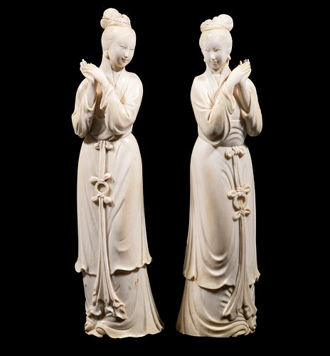 A 19TH C. PR OF SIGNED CHINESE IVORY FIGURINES
