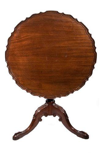 CUSTOM TILT TOP CHIPPENDALE TEA TABLE, 1920S