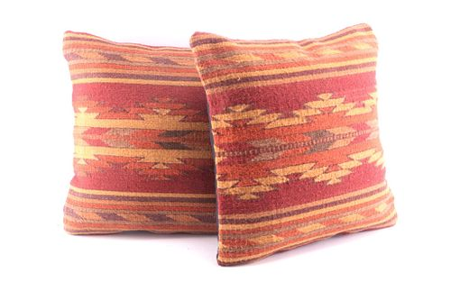 Crystal Roja Wool Set of Pillows by Enrique Ruiz