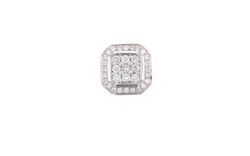 Halo Cluster Brilliant Diamond 18k Gold Pendant