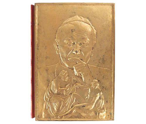 Cavaterra, Emilio. Il Papa dell'Uomo Nuovo. Roma: Dino Editore 1982. Edición especial de 999 ejemplares, ejemplar no. 987.