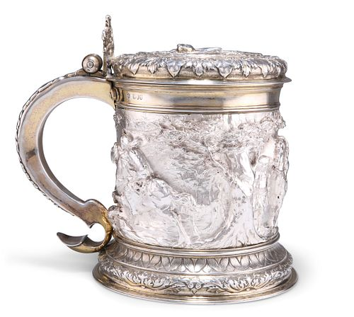 LIVERY COMPANY INTEREST:?AN IMPRESSIVE VICTORIAN SILVER AND PARCEL-GILT TAN