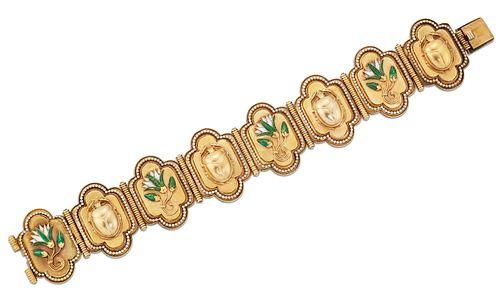 AN EGYPTIAN REVIVAL ENAMEL BRACELET, quatrefoil links decorated with enamel
