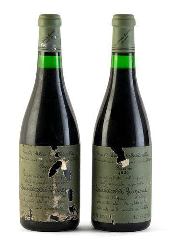Two bottles of Giuseppe Quintarelli-Recioto della Valpolicella Classico, vintage 1983. Category: red wine. Valpolicella D.O.C.. Negrar, Veneto(Italy).