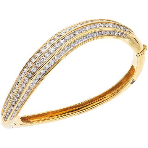 PULSERA CON DIAMANTES EN ORO AMARILLO DE 18K con diamantes corte brillante  ~3.0 ct. Peso: 33.5 g | BRACELET WITH DIAMONDS IN 18K YELLOW GOLD Brillian