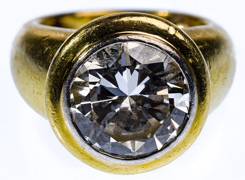 18k Gold and 4.97 Carat Diamond Ring