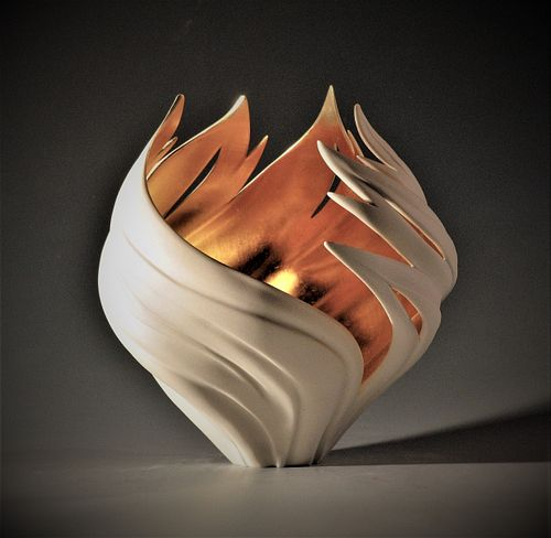 Gilded Wind Flame Vessel