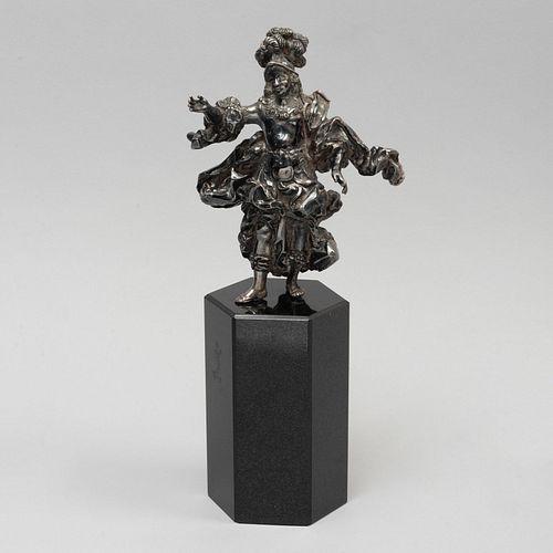 ANÓNIMO. San Miguel Arcángel. SXX. Elaborado en metal plateado. Con base de granito. 33 cm de altura (con base).