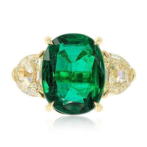 EMERALD AND YELLOW DIAMOND RING