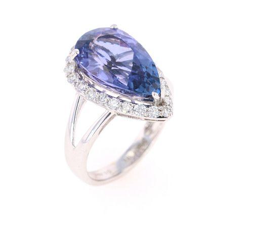 Natural AAA+ Tanzanite VS2 Diamond 18k Ring