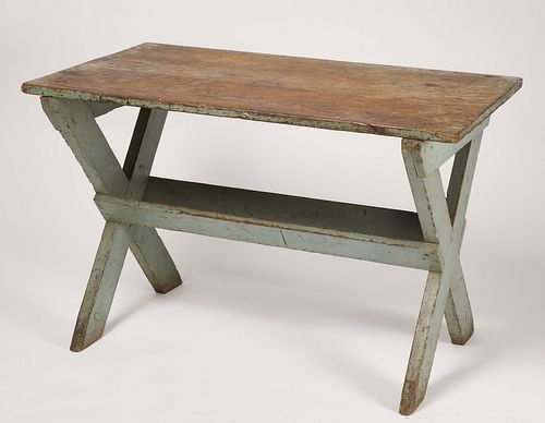 Good Painted Sawbuck Table