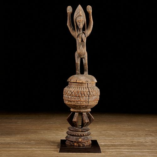 Bambara carved wood lidded box, ex-Michel Anstett