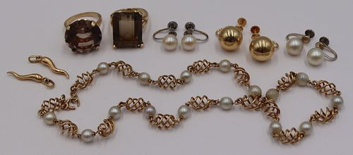 JEWELRY. Assorted 14kt and 18kt Gold Jewelry.
