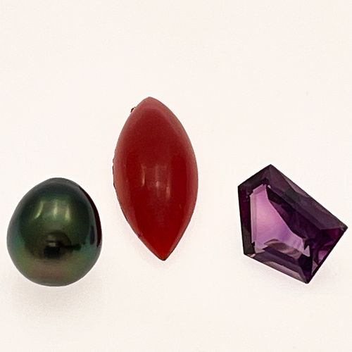 Collection of Unmounted Gemstones