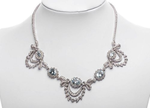 Necklace in 18Kt white gold