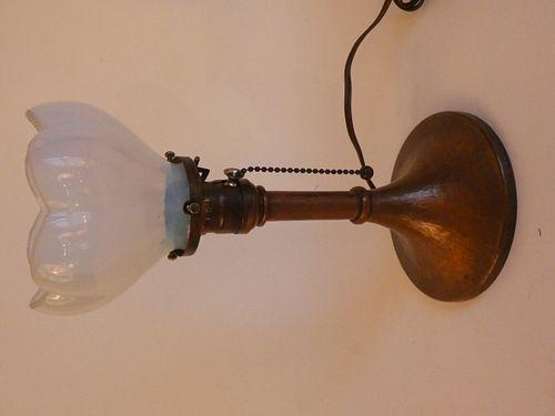 OLD ROYCROFT COPPER ARTS & CRAFTS BOUDOIR LAMP