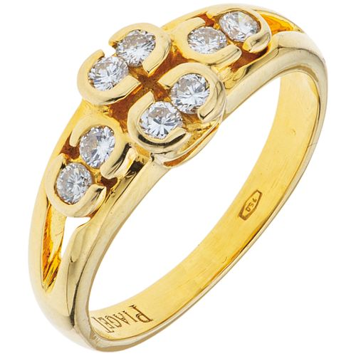 ANILLO CON DIAMANTES EN ORO AMARILLO DE 18K DE LA FIRMA PIAGET  con diamantes corte brillante ~0.24 ct. Peso: 4.3 g. Talla: 6 | RING WITH DIAMONDS IN
