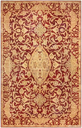 ANTIQUE INDIAN AGRA CARPET. 21 ft 10 in x 14 ft 6 in (6.65 m x 4.42 m)