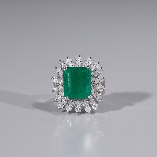 Emerald & Diamond 14k Gold Ring