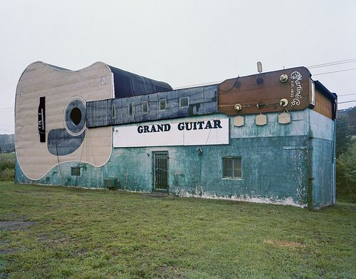 Jim Dow, The Grand Guitar Store, now closed. US 11W, Bristol, TN 2017