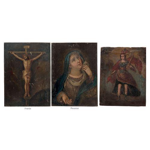 LOTE DE DOS IMÁGENES MÉXICO, SIGLO XIX 1.- Cristo crucificado/ Virgen dolorosa Óleo sobre lámina/tela Dim máx: 44 x 32 cm