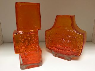 A Whitefriars drunken bricklayer vase and a TV vase, each in Tangerine (2) <br>