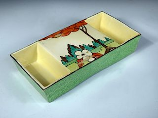 An unusual double-sided Clarice Cliff Limberlost pattern bowl, circa 1930, the slightly flared recta