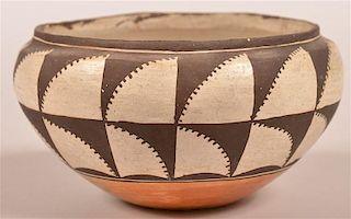 Vintage Acoma Indian Pottery Bowl.