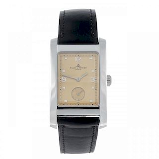 BAUME & MERCIER - a gentleman's Hampton wrist watch. Stainless steel case. Reference MV045063, seria