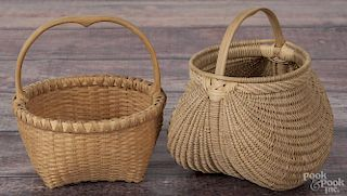Aaron Yakim, two splint oak baskets, signed and dated '05 and '09, 4 1/2'' h. and 4'' h.