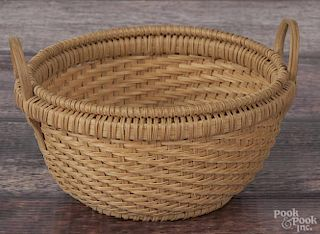 Cynthia Taylor, splint oak basket, signed and dated '12, 3'' h.
