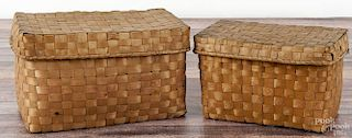 Two Maine splint Native American baskets, 19th c., with stamped decoration