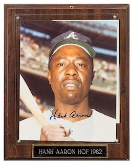 A Hank Aaron Autographed Photo Photo 10 x 8 inches.
