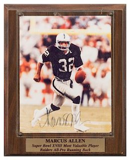 A Marcus Allen Autographed Photo Photo 10 x 8 inches.