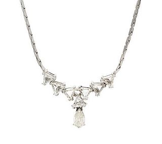 A 14 Karat White Gold and Diamond Necklace, 7.50 dwts.