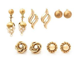 A Collection of Yellow Gold and Cultured Pearl Earclips, 28.10 dwts.