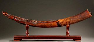 West African ivory oliphant, 19th / 20th century.