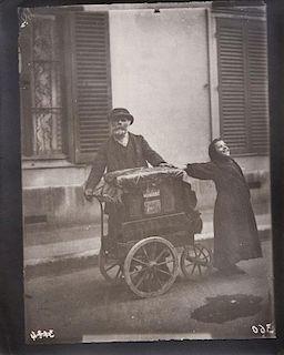 EUGÈNE ATGET (1857-1927): 20 PHOTOGRAPHS BY EUGÈNE ATGET: EIGHTEEN PLATES