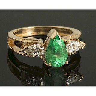 Diamond & Emerald 18k Ring