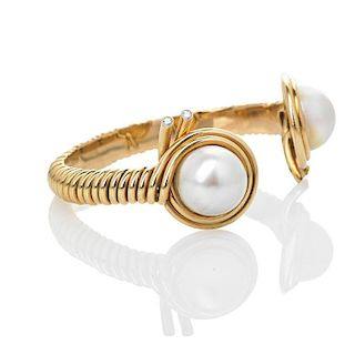 "VERDURA GOLD AND PEARL ""CUT WIRE"" CUFF"