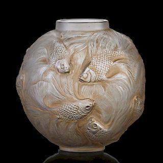 """LALIQUE """"Formose"""" vase, clear glass"""