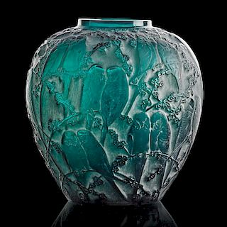 """LALIQUE """"Perruches"""" vase, green glass"""