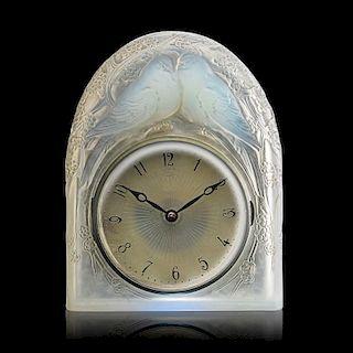 """LALIQUE """"Deux Colombes"""" clock"""