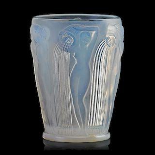 """LALIQUE """"Danaïdes"""" vase, opalescent glass"""