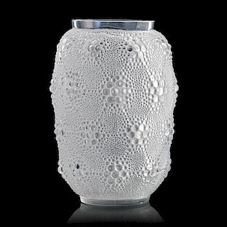 "LALIQUE ""Davos"" vase, clear glass"