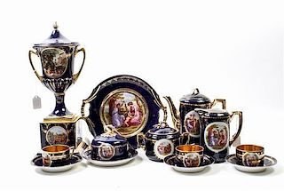 A Continental Porcelain Tea Service Height of teapot 8 inches.
